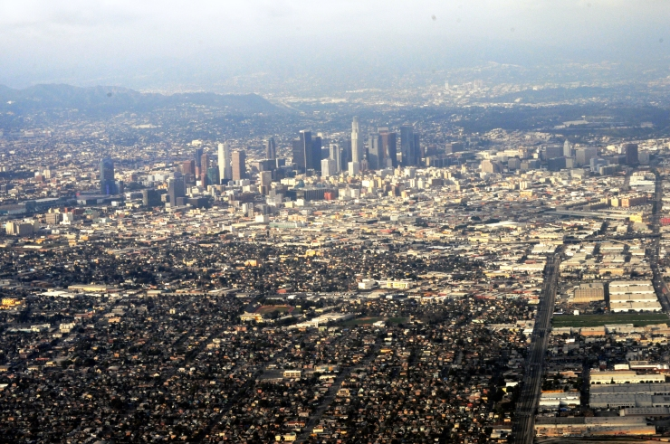 Aerial_photo_of_Los_Angeles,_California_01
